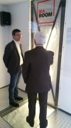 L'Onorevole Antonio Castricone nel prototipo della Madis Room