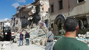 La devastazione del terremoto che ha colpito il centro Italia