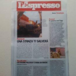 L'Espresso del 28 novembre 2014, uscito in occasione della presentazione in prima nazionale a Napoli