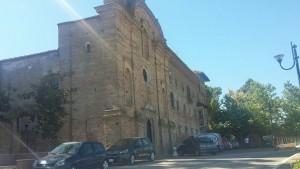 Il complesso dell'ex convento di San Panfilo di Spoltore durante i lavori. Il recupero e consolidamento di Madis Costruzioni è relativo alla parte conventuale. La Chiesa, invece, essendo di diversa proprietà rispetto al Convento ha avuto una sorte differente ed ad oggi chiusa.