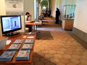 La sezione dell'esposizione convegno di Catania, a sinistra una porzione dello spazio Madis Room