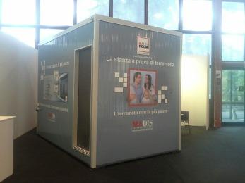 Il primo prototipo di Stanza Antisismica presentato ad Arkeda nel giorno di inaugurazione della fiera. Napoli 26 novembre 2014