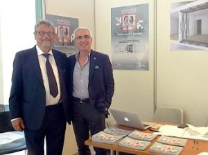 A destra l'ing. Alessandro Martelli, Presidente GLIS e Vicepresidente ASSISi, con Antonio D'Intino inventore della Stanza Antisismica