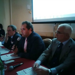 Dopo d'Intino, ilprimo da destra, il Presidente dell'ordine Ingegneri di L'Aquila Elio Mascioveccio e il Presidente dell'Ordine Ingegneri di Avellino Antonio Fasulo