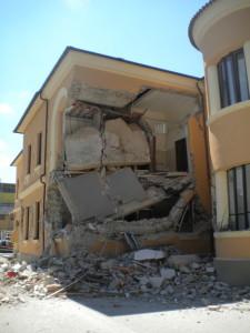 http://www.stanza-antisismica.it/wp-content/uploads/ristrutturazione-scuola-amatrice.jpg